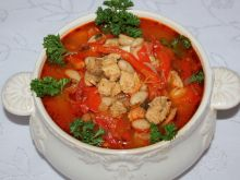 Zupa gulaszowa drobiowo-wieprzowa