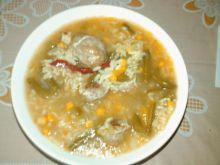 Zupa hiszpanska z kukurydza