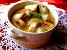 Zupa jarzynowa krem z grzankami