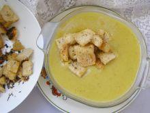 Zupa jarzynowa kremowa z grzankami tymiankowymi