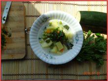 Zupa jarzynowa z cukinią i zielonym groszkiem