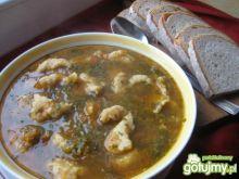 Zupa jarzynowa z kluskami kładzionym