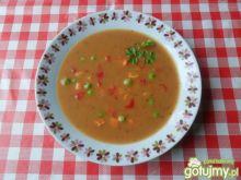Zupa jarzynowa z zielonym groszkiem