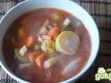 Zupa jarzynowo -pomidorowa