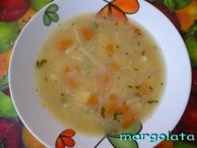 Zupa kalarepowa z kukurydzą.