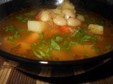 Zupa kapuściano-fasolowa