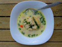 Zupa koperkowa z filetem z kurczaka