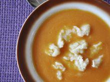 Zupa krem marchewkowa z kluskami lanymi
