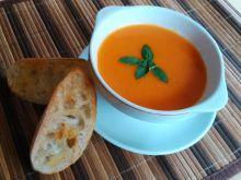 Zupa krem pomidorowy z grzankami