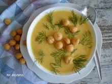 Zupa krem z białych szparagów z kurkumą