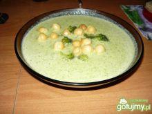 Zupa krem z brokuła z serem