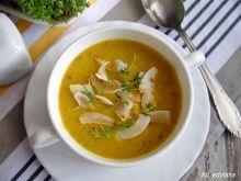 Zupa krem z cukinią, rzeżuchą i płatkami kokosa