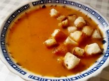 Zupa krem z dyni, marchewki i papryki