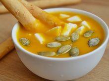 Zupa krem z dyni z mozzarellą
