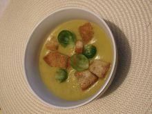Zupa krem z grzankami