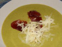 Zupa krem z jamon serrano.