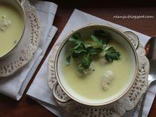 Zupa krem z pietruszki z pulpecikami