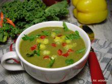 Zupa krem z soczewicy, cukinii i jarmużu