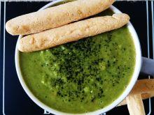 Zupa krem z zielonego groszku i natki