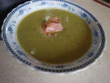 Zupa krem z zielonego groszku z łososiem