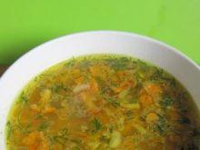 zupa kurkowa z dodatkiem koperku