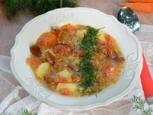 Zupa kurkowa z pomidorami i koperkiem