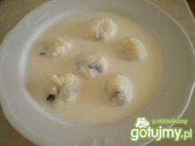 Zupa mleczna z kulkami ryżowymi