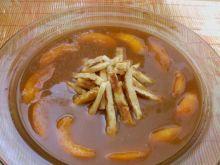 Zupa morelowa z migdałowymi kluseczkami