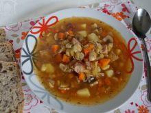 Zupa myśliwska na dziku