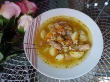 Zupa na mięsie z kaszą pęczak