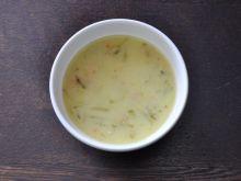 Zupa ogórkowa na łopatce