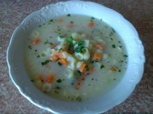 Zupa ogórkowa z conchiglioni piccolo