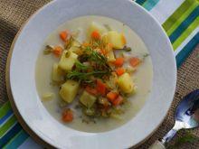 Zupa ogórkowa z ogórków małosolnych