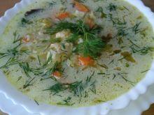Zupa ogórkowa z podsmażonymi ogórkami