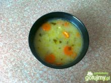 Zupa ogórkowa z ziemniakami na kefirze