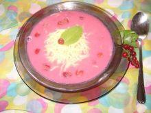 Zupa owocowa ze śmietaną