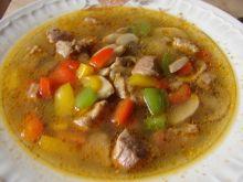 Zupa paprykowa z mięsem