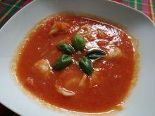 Zupa paprykowo-pomidorowa z miesnymi uszkami