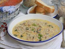 Zupa pieczarkowa z kaszą pęczak