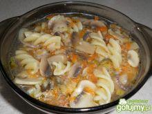 Zupa pieczarkowa z makaronem świderki
