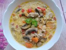 Zupa pieczarkowa z ryżem i papryką