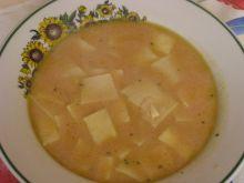 Zupa pomidorowa z domowym makaronem
