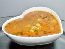 Zupa pomidorowa z kaszą pęczak