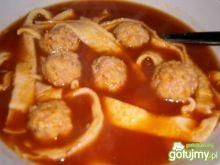 Zupa pomidorowa z klopsikami drobiowymi