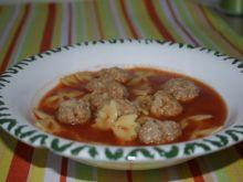 Zupa pomidorowa z makaronem i klopsikami