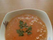 Zupa pomidorowa z makaronem koraliki