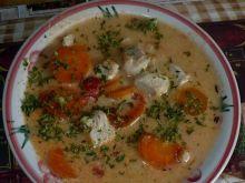 Zupa pomidorowa z pęczakiem i indykiem
