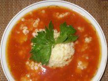 Zupa pomidorowa z selerem naciowym: