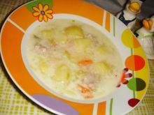 Zupa porowa z mięsem i ziemniakami