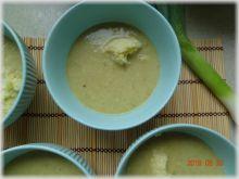 Zupa porowo-cebulowa z kaszą jaglaną